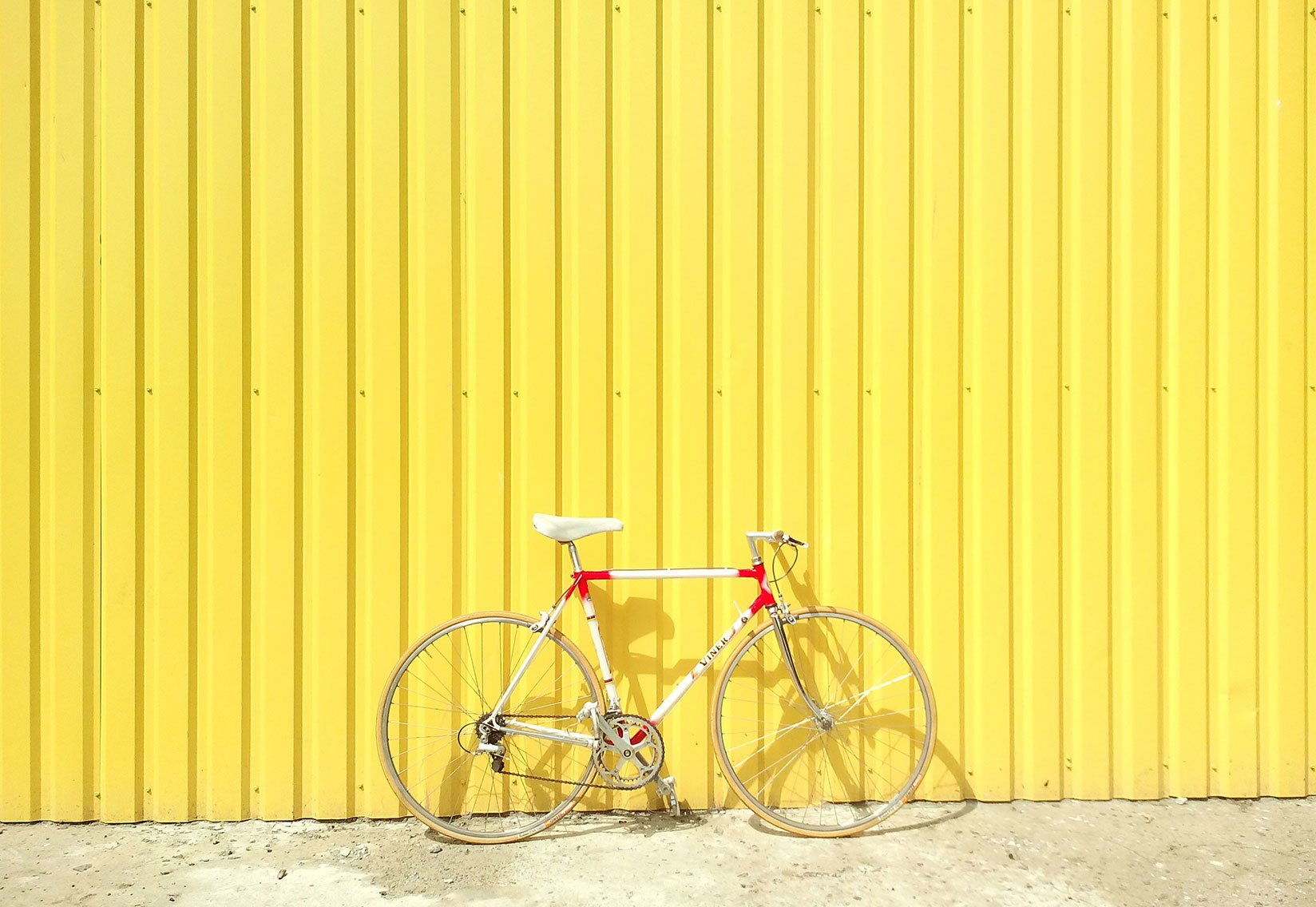 The effect of colors on perception. Part four: color yellow